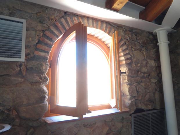 la portada ventana redonda