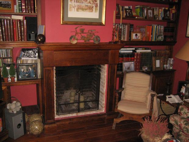 Frente chimenea en madera de pino muebles de la granja for Chimeneas de madera