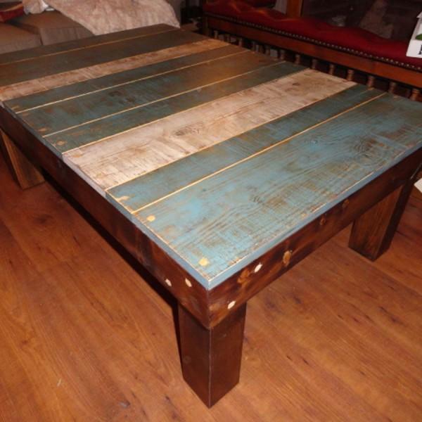 Mesa de centro 120x80x45 cm.