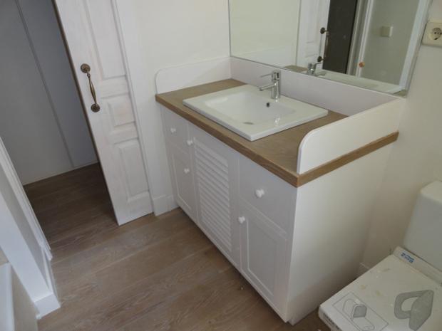 Mueble de ba o en color blancomuebles de la granja - Pintar mueble bano ...