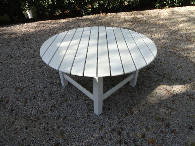 Mesa Blanca Redonda de Jardín